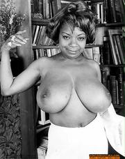 classic porn ebony housewife