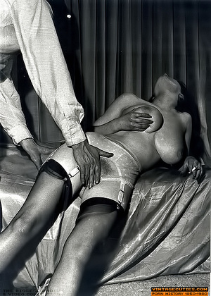 Sex straving retro nymphs dreaming about - XXX Dessert - Picture 4