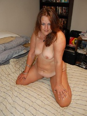 Busty chubby mature mom spreads her legs to show her wet - Picture 7