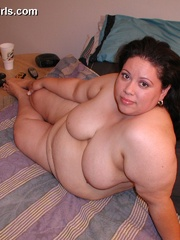 Slutty fat latina wife gets pounded from behind after - Picture 9