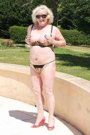 bikini claire knight from
