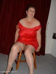 mature striptease kinky carol