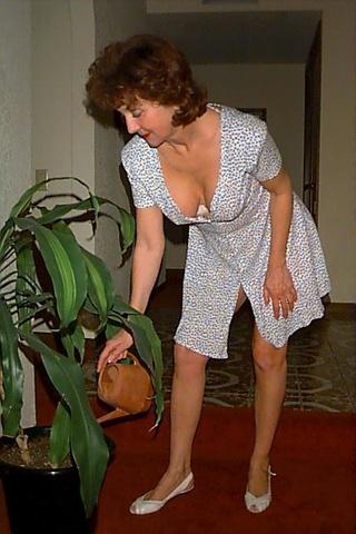 classy nude grannies