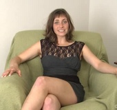 New hairy girl Tanya is ready to spill about her hairy life! This girl
