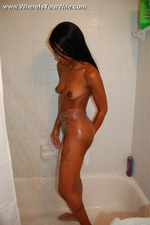 Super sexy black babe exposes her perfec - XXX Dessert - Picture 6
