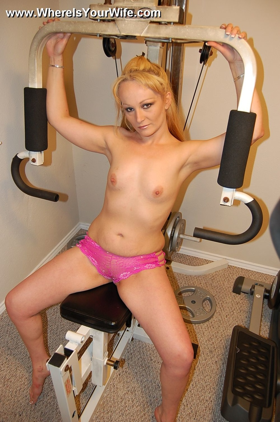 Milf taking off bikin