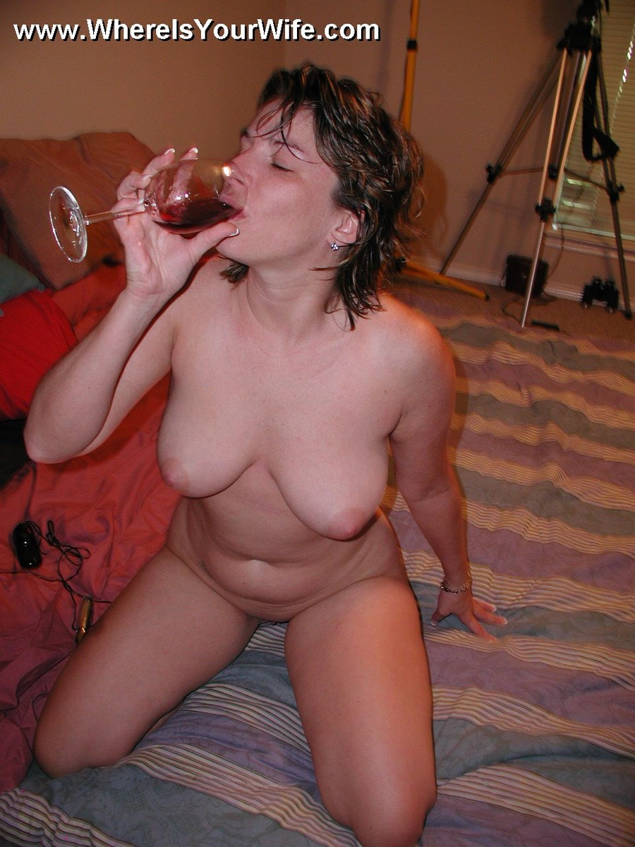 Sexy Amateur Plumper Wife Posing All Naked - Xxx Dessert -9223