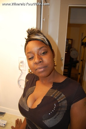 Heavy tits black housewife Isis teasing  - XXX Dessert - Picture 1