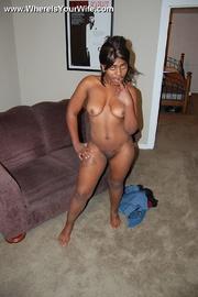 naked round booty ebony