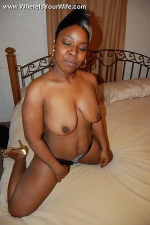 Heavy tits black housewife Isis teasing  - XXX Dessert - Picture 8