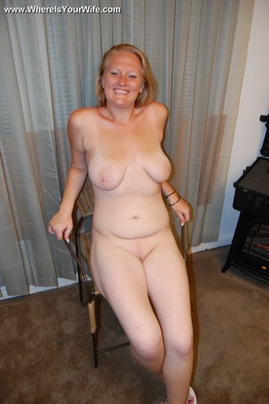 Natural blonde housewife performs her ti - XXX Dessert - Picture 10