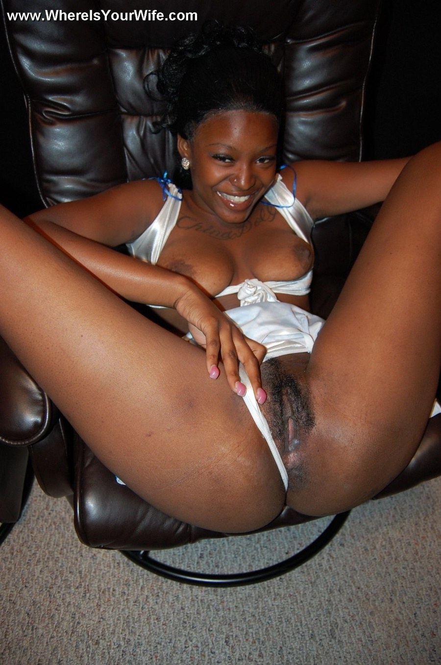 Ebony house wife porn