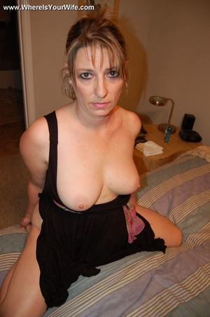 Big boobed smily mature milf has no pant - XXX Dessert - Picture 8