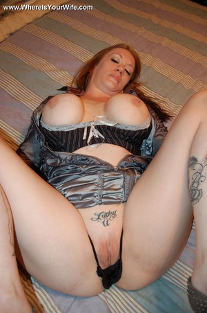 Tattoed redhead busty mom shows us what  - XXX Dessert - Picture 10