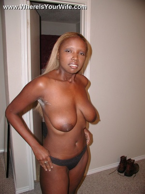 Blonde amateur ebony wife gets her wet t - XXX Dessert - Picture 3