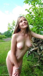 exhibitionist evelina from europe