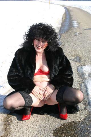striptease german isabel from