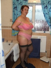 curvy exhibitionist kinky carol