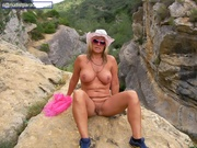 exhibitionist nude chrissy from