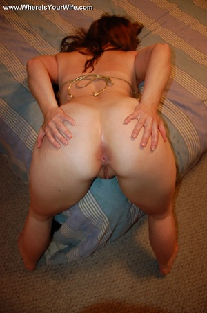 Sexy little housewife likes to take it f - XXX Dessert - Picture 12