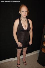 redhead lusty housewife bonnie