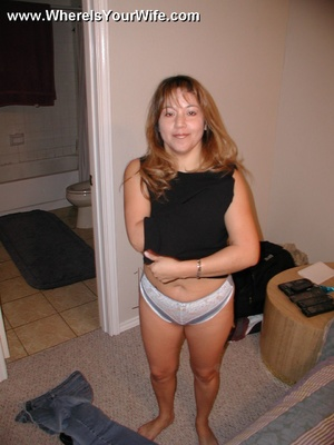 Lusty latina housewife Tia likes being u - XXX Dessert - Picture 2