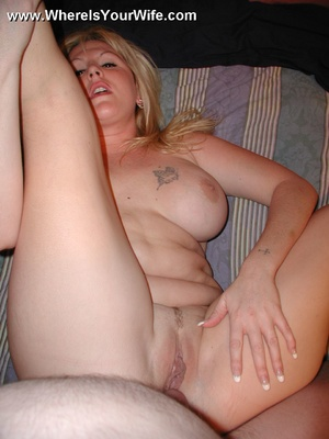 Round booty fat wife takinf off her pant - XXX Dessert - Picture 12