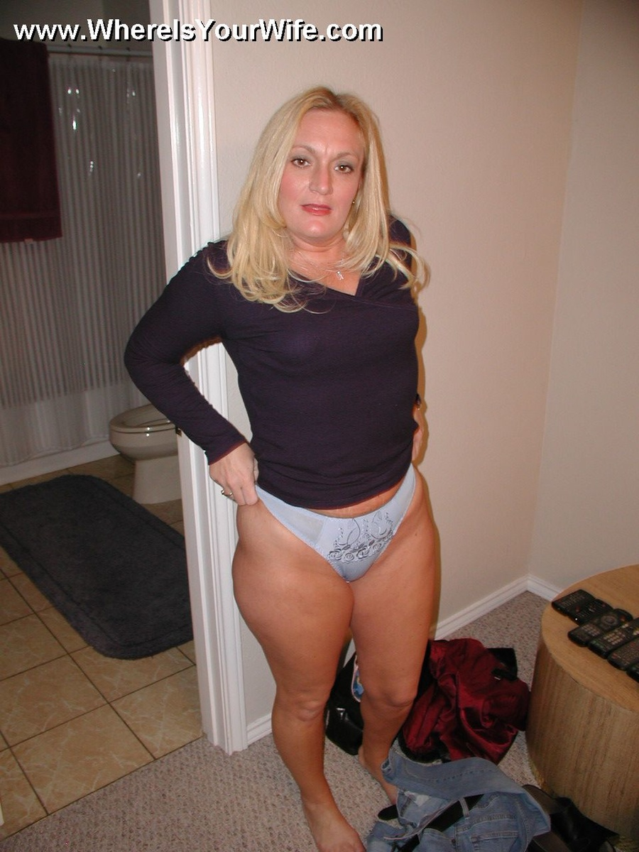Amateur Mature Housewife Porn
