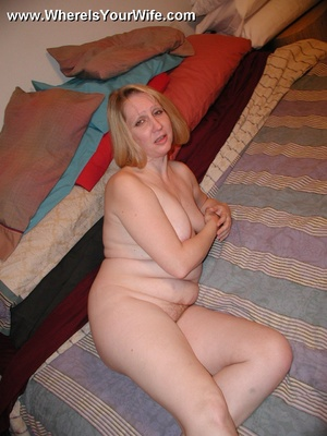Plump busty wife strips and getting dril - XXX Dessert - Picture 6