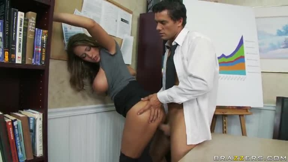 Hot stud sucking and fucking at the office