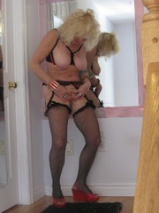 mature cougar ruth from