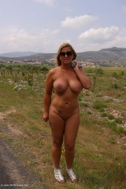 milf exhibitionist nude chrissy