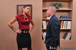 Kayla is the new CEO at the ZZ ad agency - XXX Dessert - Picture 5