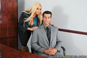 Ramon is released from jail and returns  - XXX Dessert - Picture 5