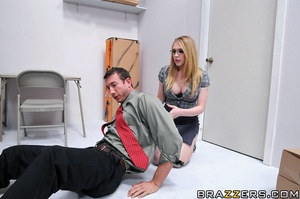 Kagney works in an office where sexual h - XXX Dessert - Picture 5