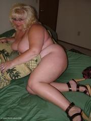 cougar big tits taffy