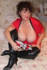 mature big tits kims