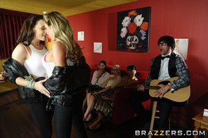 Chanel and Samantha are a couple of hip  - XXX Dessert - Picture 5