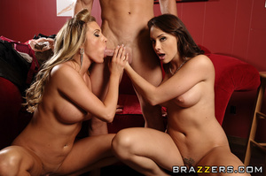 Chanel and Samantha are a couple of hip  - XXX Dessert - Picture 8