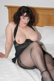 milf lingerie reba from
