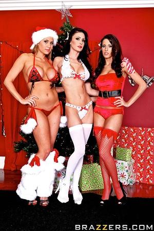 Jessica, Alanah, and Kortney sure love c - XXX Dessert - Picture 1