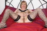 bbw speedy bee from