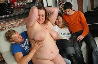 horny fat slut blowjob