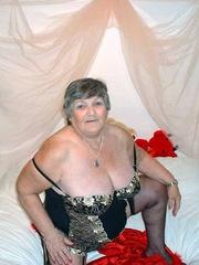yaya abuela libby from
