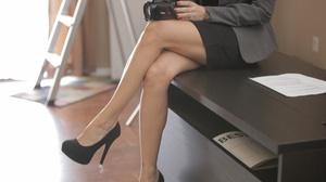 Seductive brunette MILF in a suit gets h - XXX Dessert - Picture 4