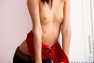 brunette presley dawson