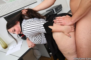 office bbw puts moves