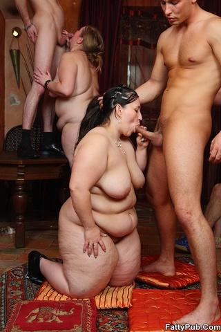 бесплатное порно с толстыми мужиками