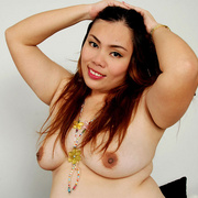 Chunky Asian Pla shows her fat pussy - Picture 15
