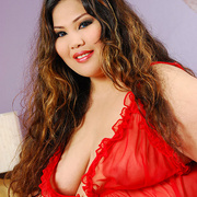 Asian BBW Cassie in red lingerie - Picture 2